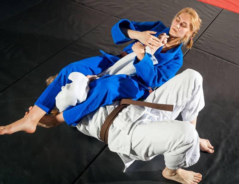 Brazilian Jiu Jitsu Lessons for Adults in Bayonne NJ - Arm Bar Women BJJ